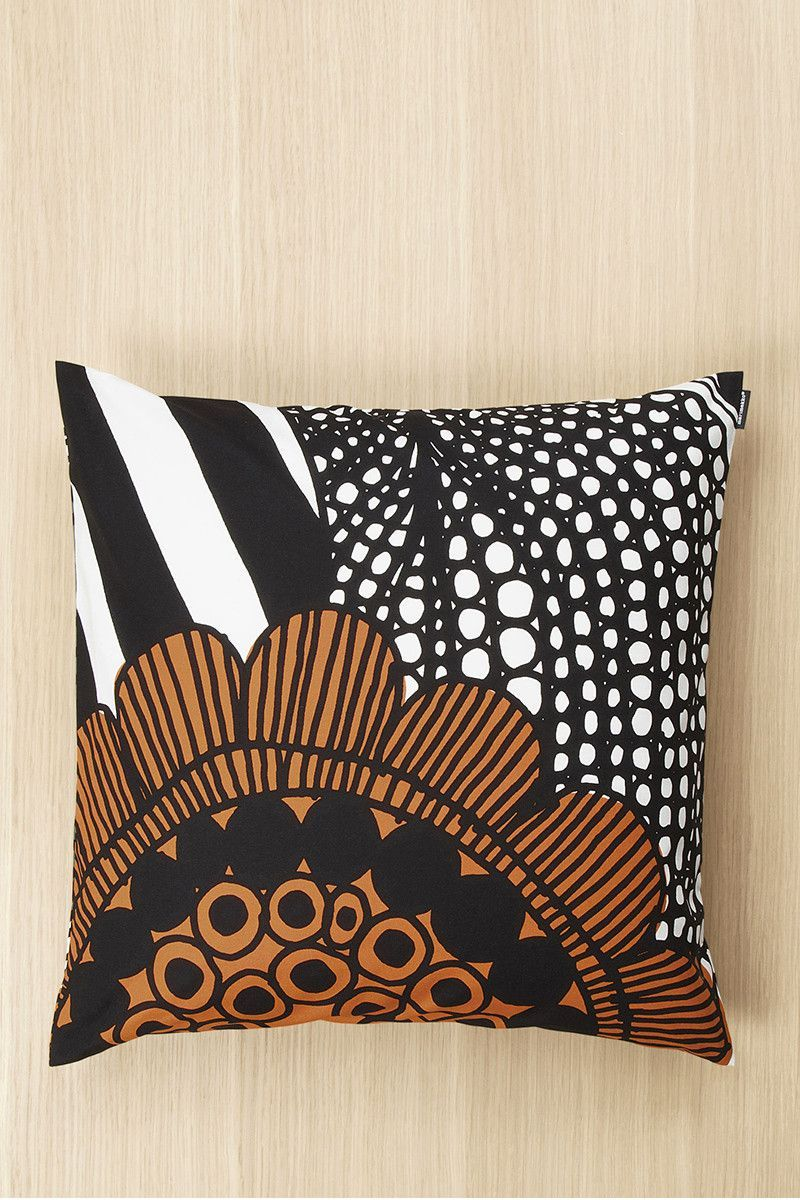 Cuscini Marimekko.Marimekko Siirtolapuutarha 20 Pillow Cover White Red Green