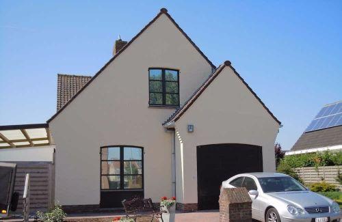 Wit huis zwarte kozijnen nieuw huis pinterest zwarte for Wat kost een huis schilderen