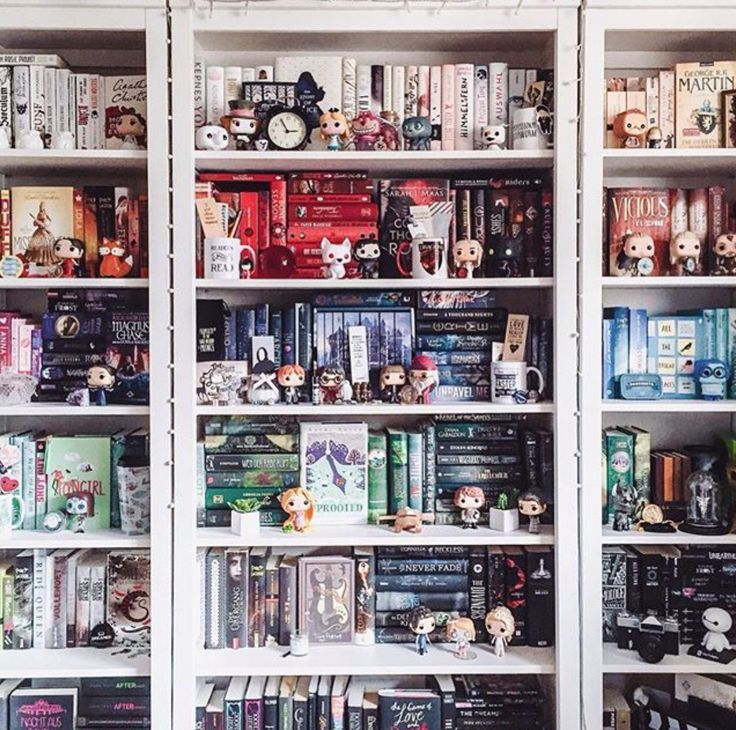 bookshelf and funko pop terk etmek pinterest. Black Bedroom Furniture Sets. Home Design Ideas