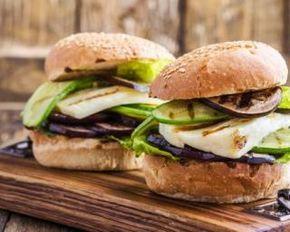 Burgers végétariens aux légumes grillés