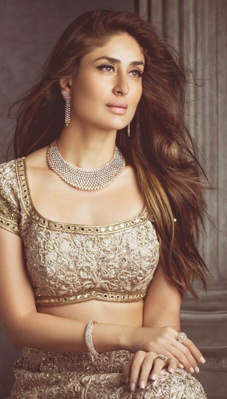 18K Diamond Necklace Sets | Kareena kapoor, Bollywood ...