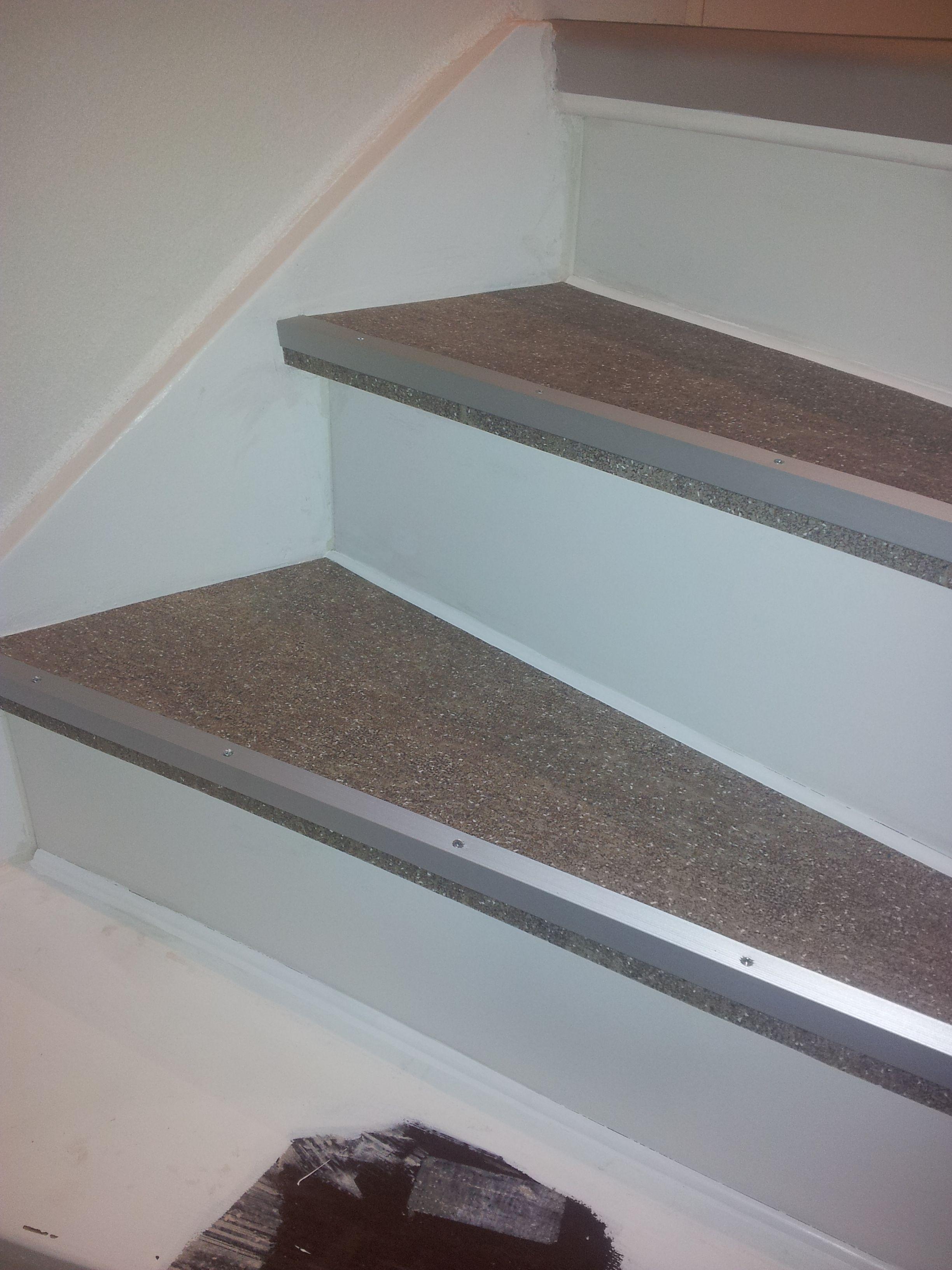 zelf trap bekleden met vinyl home pinterest