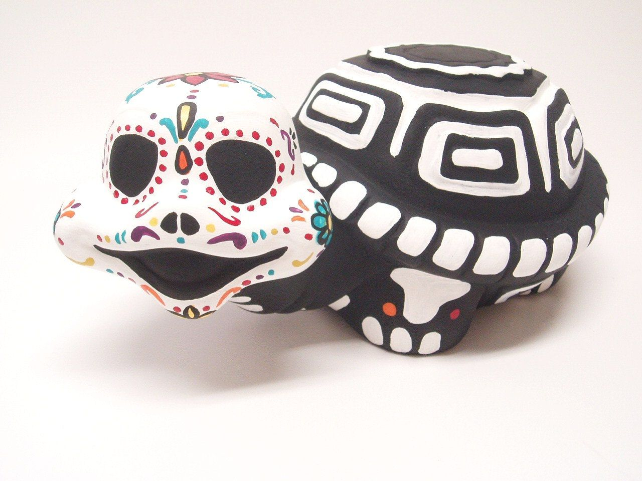 Day of the dead dia de los muertos garden ceramic turtle 3500 day of the dead dia de los muertos garden ceramic turtle 3500 dailygadgetfo Choice Image