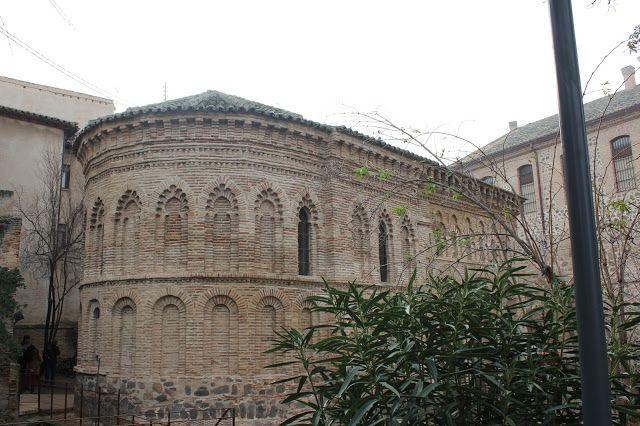 Un paseo por Toledo                                             ERMITA - MEZQUITA DEL CRISTO DE LA LUZ