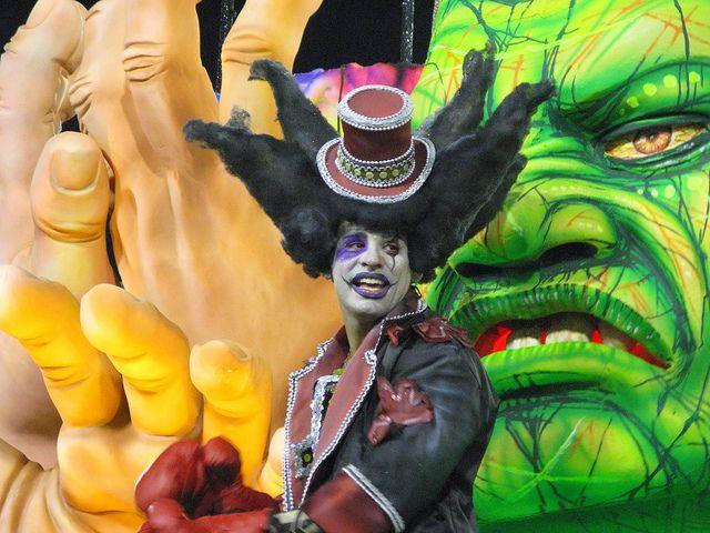 Grande Rio Carnaval 2012 Desfile Sambódromo Rio de Janeiro Carnival Carioca Brazil Brasil samba Marquês de Sapucaí Segunda by SeLuSaVa, via Flickr