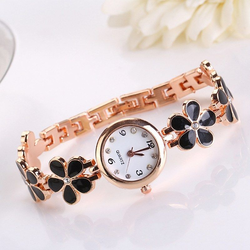 ad4c12775 Girl Watches · Fashion Watches · Unique Fashion · News Design · Bracelet  Watch · Daisies · Clocks · Apps · http://gemdivine.com/new-design-lovely -daisies-