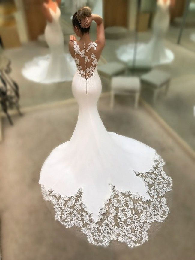 White Mermaid Beautiful Wedding Dresses V Neck With Lace Appliques Unique Bridal Gowns In 2021 Wedding Dresses Enzoani Wedding Dresses Dream Wedding Dresses