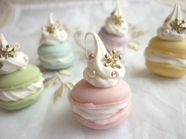 snow crystal macaron cake swarovski pearl charms. Black Bedroom Furniture Sets. Home Design Ideas
