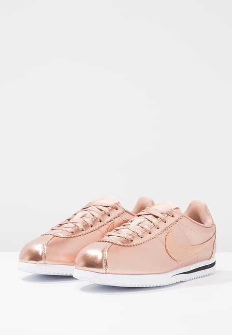 Air Force 1 07 Lx Baskets Basses Nike Couleur Bronze Sneakers Chaussure Mode Nike Cortez