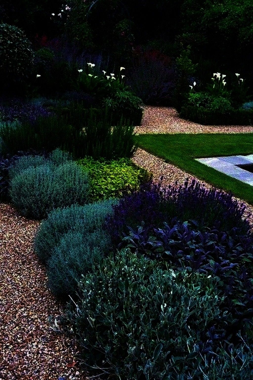 geometrical shapes for their impact they have straight hedges and walls paths with perfect right angles at every bend and ge Formal gardens rely on geometrical shapes for...