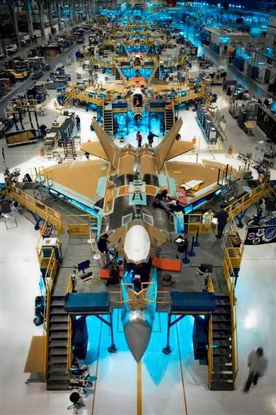 F-22 in the making