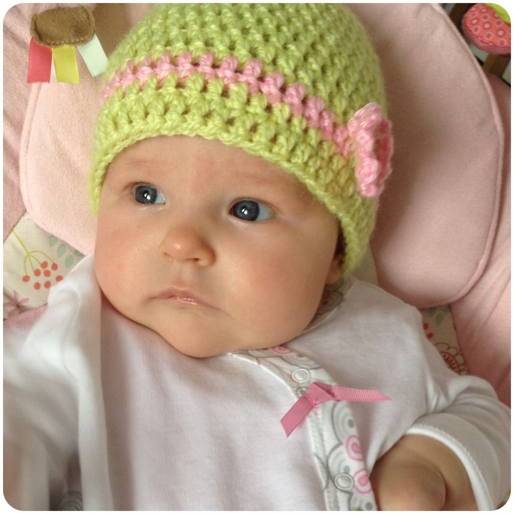 8940eb24aff2d Super easy double  crochet baby hat  free pattern