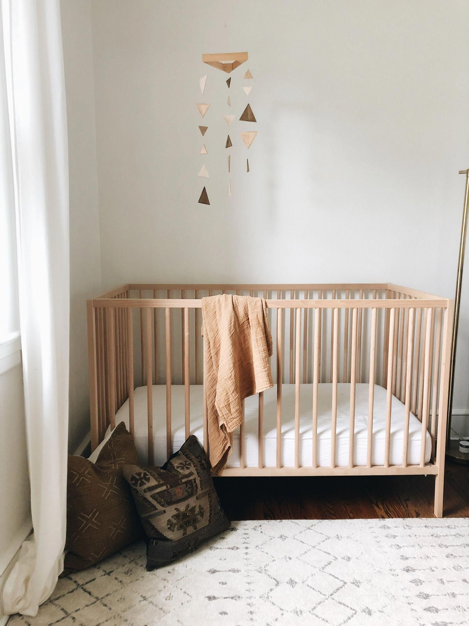 Midcentury Modern Natural Boho Nursery With Texture Darling Cashmere Blog Bohonursery Vintage Baby Rooms Baby Room Inspiration Baby Room Decor