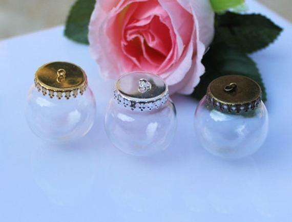 2Pcs Glass Bottle Jars Vials Wishing Bottle Pendant Bronze Flower Cap