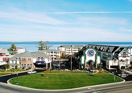 Mackinaw City Hotels Clarion Hotel Beachfront