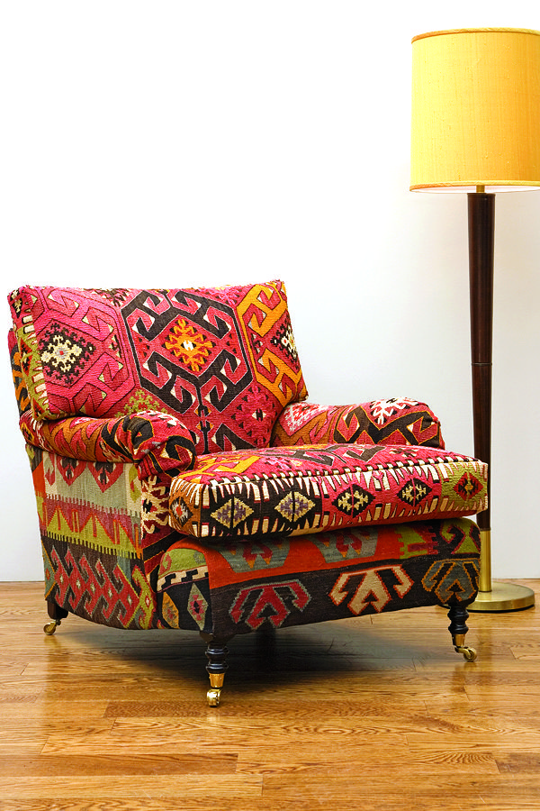 Kilim is used to cover a Smith Signature Standard
