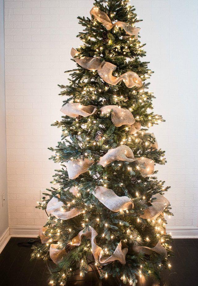 How to Put Ribbon Garland on a Christmas Tree #ribbononchristmastreeideas