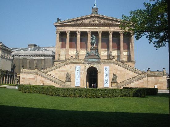 Berlin: Alte (Old) Nationalgalerie.