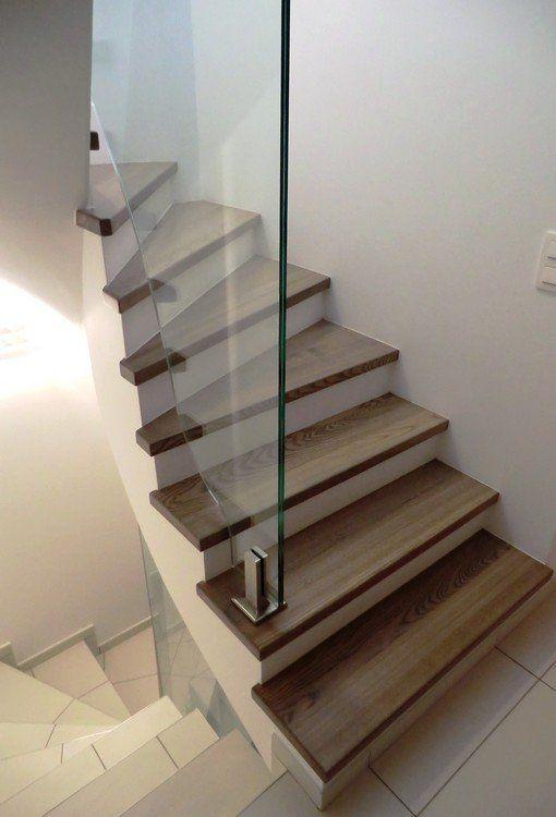 Habillage D'Un Escalier Béton Avec Balustres An Verre. Pour Plus