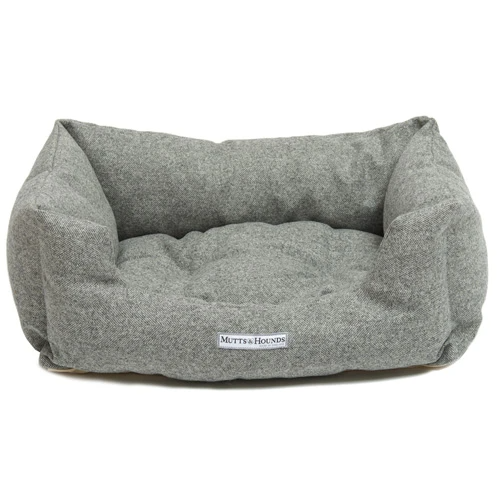 Stoneham Tweed Boxy Dog Bed in 2020 Dog bed, Bolster dog