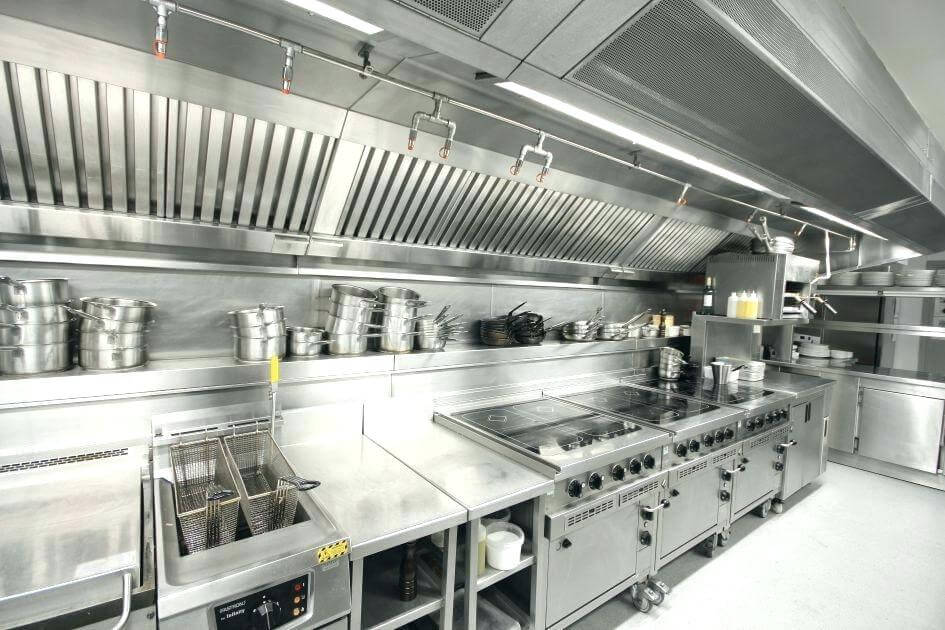 21 Small Restaurant Kitchen Design Ideas For Stylish Kitchen Restaurant Kitchen Design Restaurant Kitchen Equipment Kitchen Layout