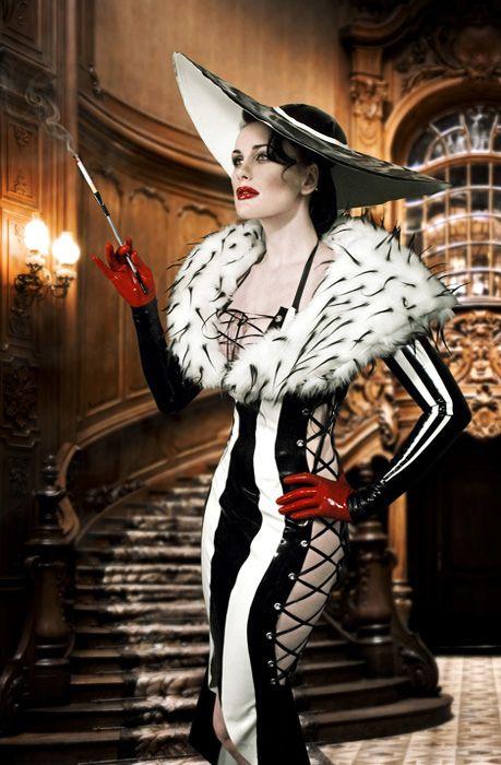 Cruella de vil pretend dress up pinterest cosplay costumes cruella de vil latex cosplaycosplay costumesdiy solutioingenieria Gallery