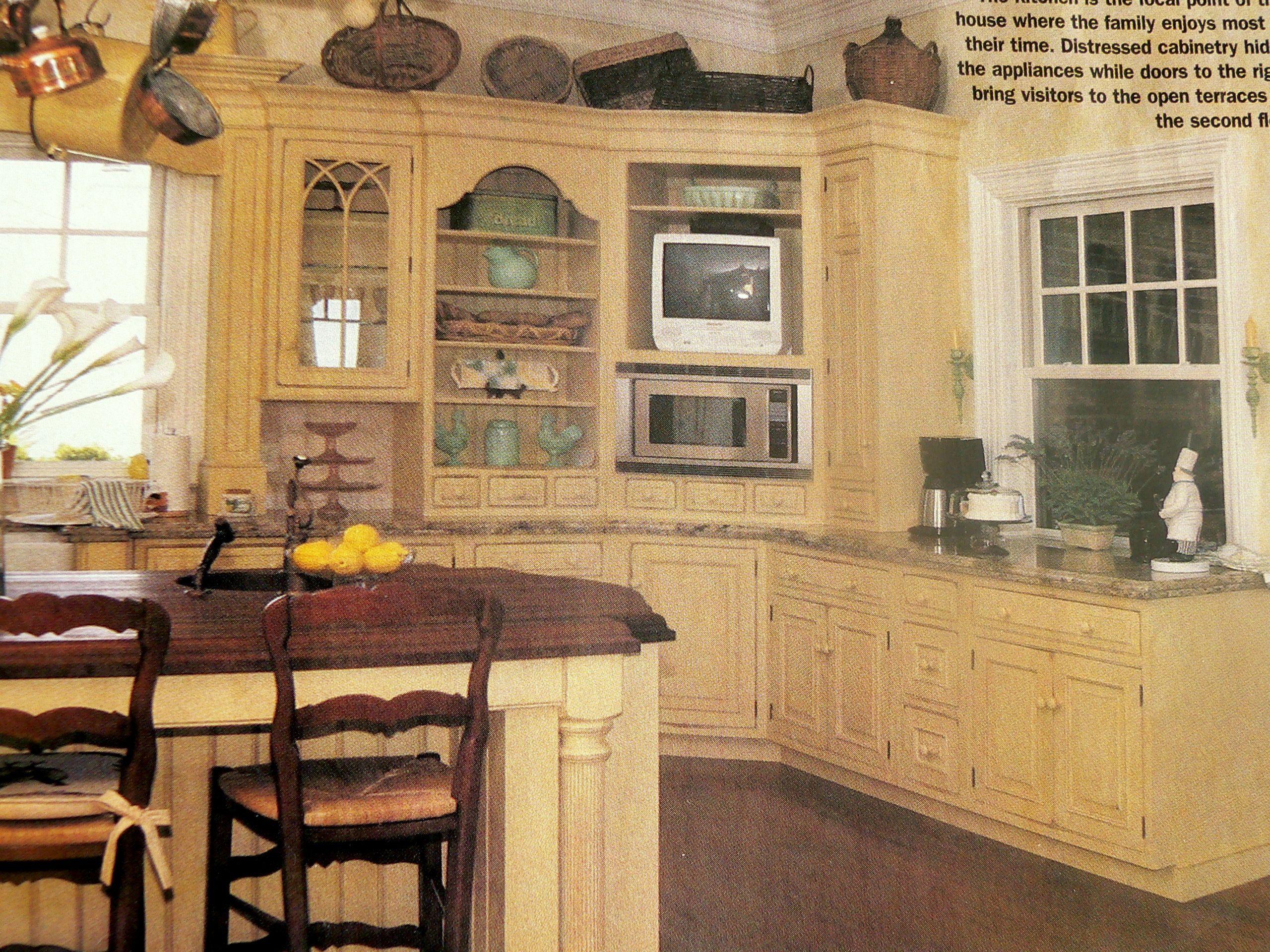 charleston home design%0A Tara Lipinski u    s Kiawah Island kitchen
