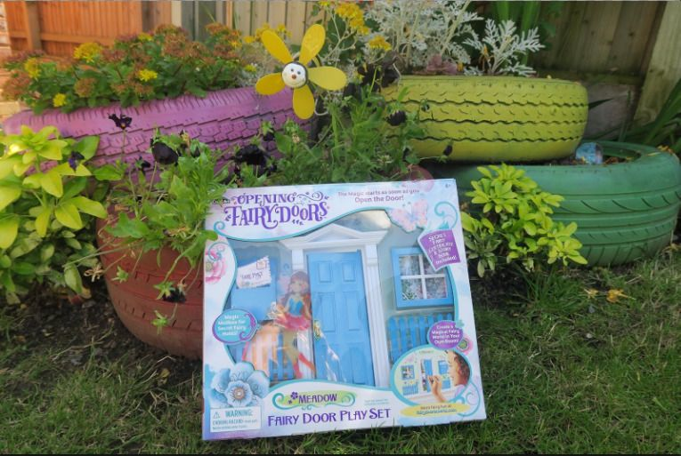 Opening Fairy Doors Pretend Playset, Cra-Z-Art Blue - Meadow NEW