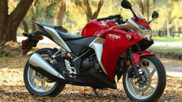 Top 10 Best Bikes To Between 1 Lakh To 2 Lakhs Rs In India 2018 Cool Bikes Honda Cbr250r Bike
