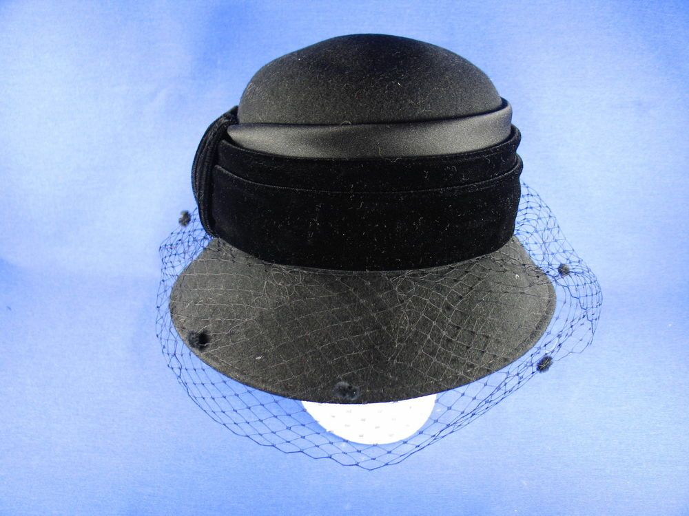 69f8c6b29d1 Plaza Suite by Betmar Vintage Cloche Black Wool Felt Hat for Church ...