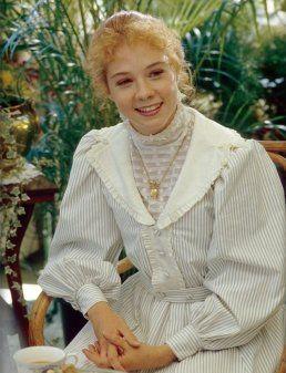 Megan Follows In Anne Of Green Gables 1985 Com Imagens Anne