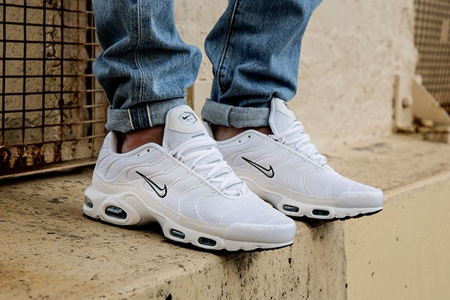 Nike Air Max Plus Tuned 1 Taipan Chaussure Basket Mode Homme Chaussure