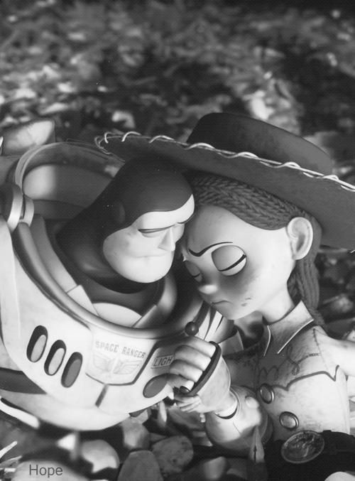 this is cute! Buzz and Jessie from Toy Story 3  e472dc67e28