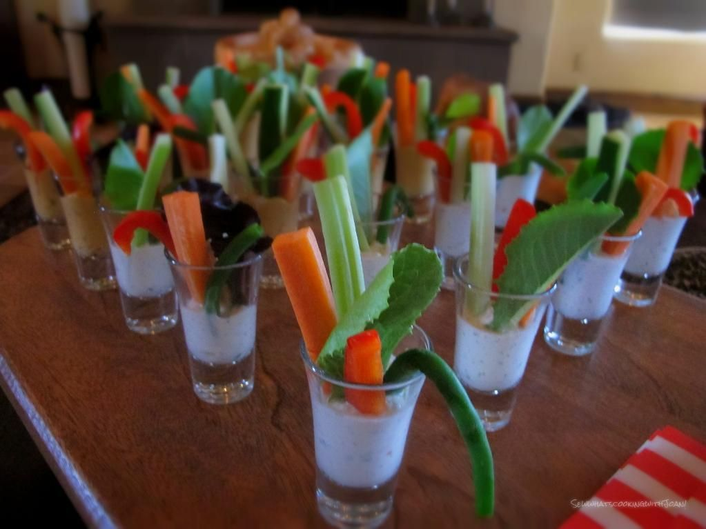 Vegetarian Starter Ideas For Dinner Party Part - 20: Glasses Of Vegetable Shooters - Craftsy.com