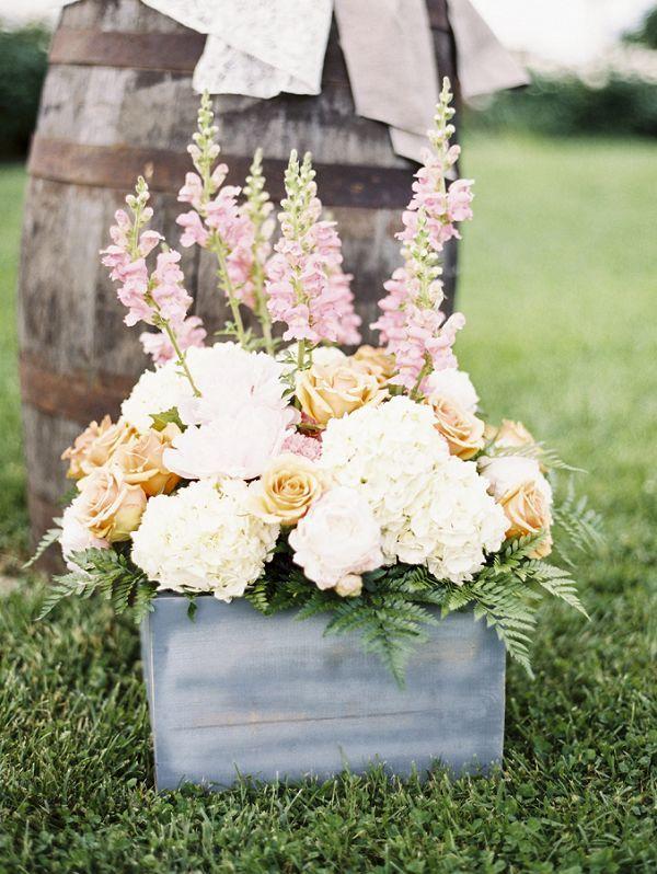 30 Rustic Backyard Outdoor Garden Wedding Ideas