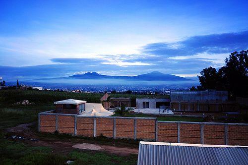 Montañas Azules Paisaje al Amanecer del oriente de Morelia