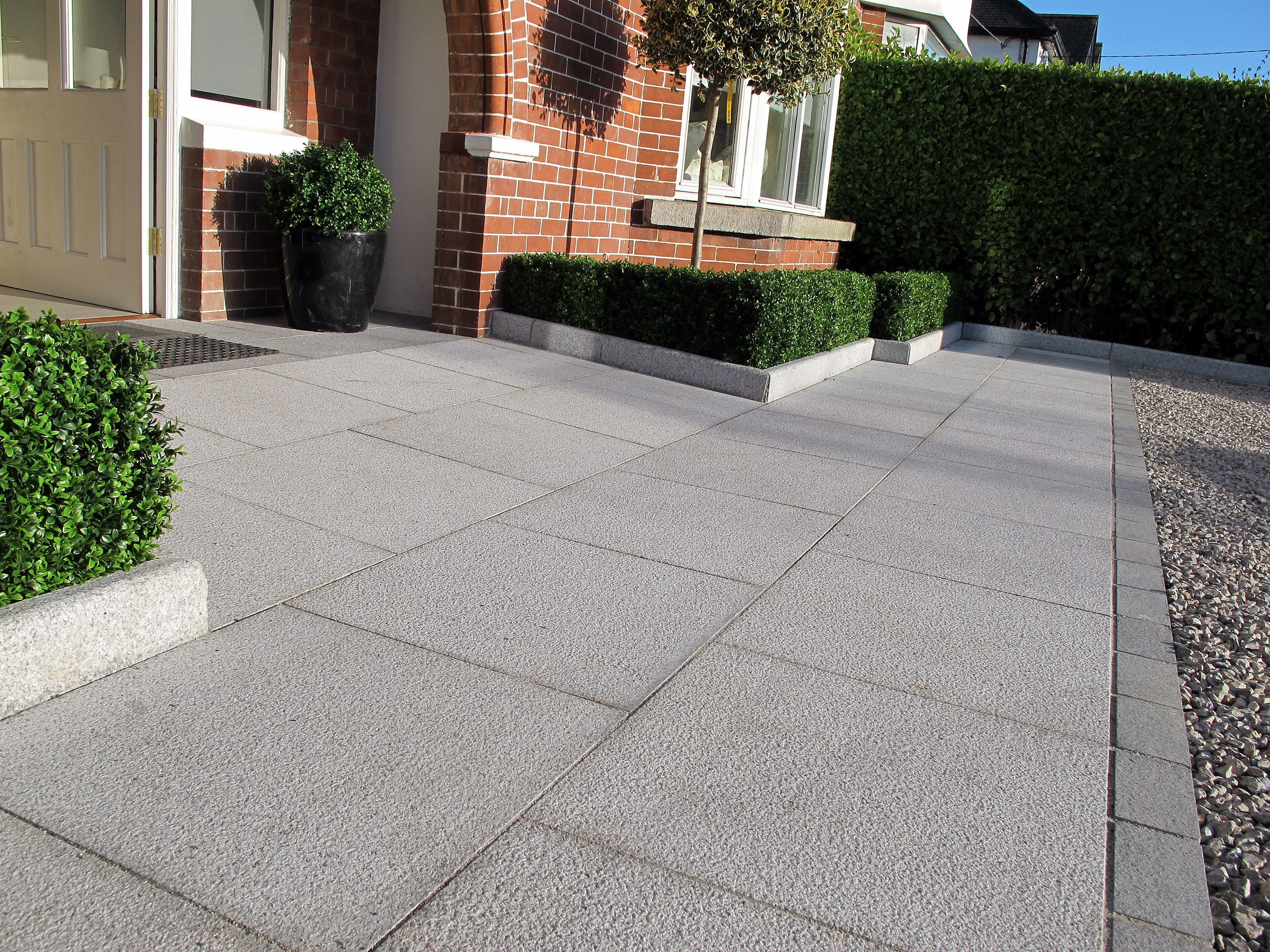 Granite driveway design landscaping ideas terenure for Surface design landscape