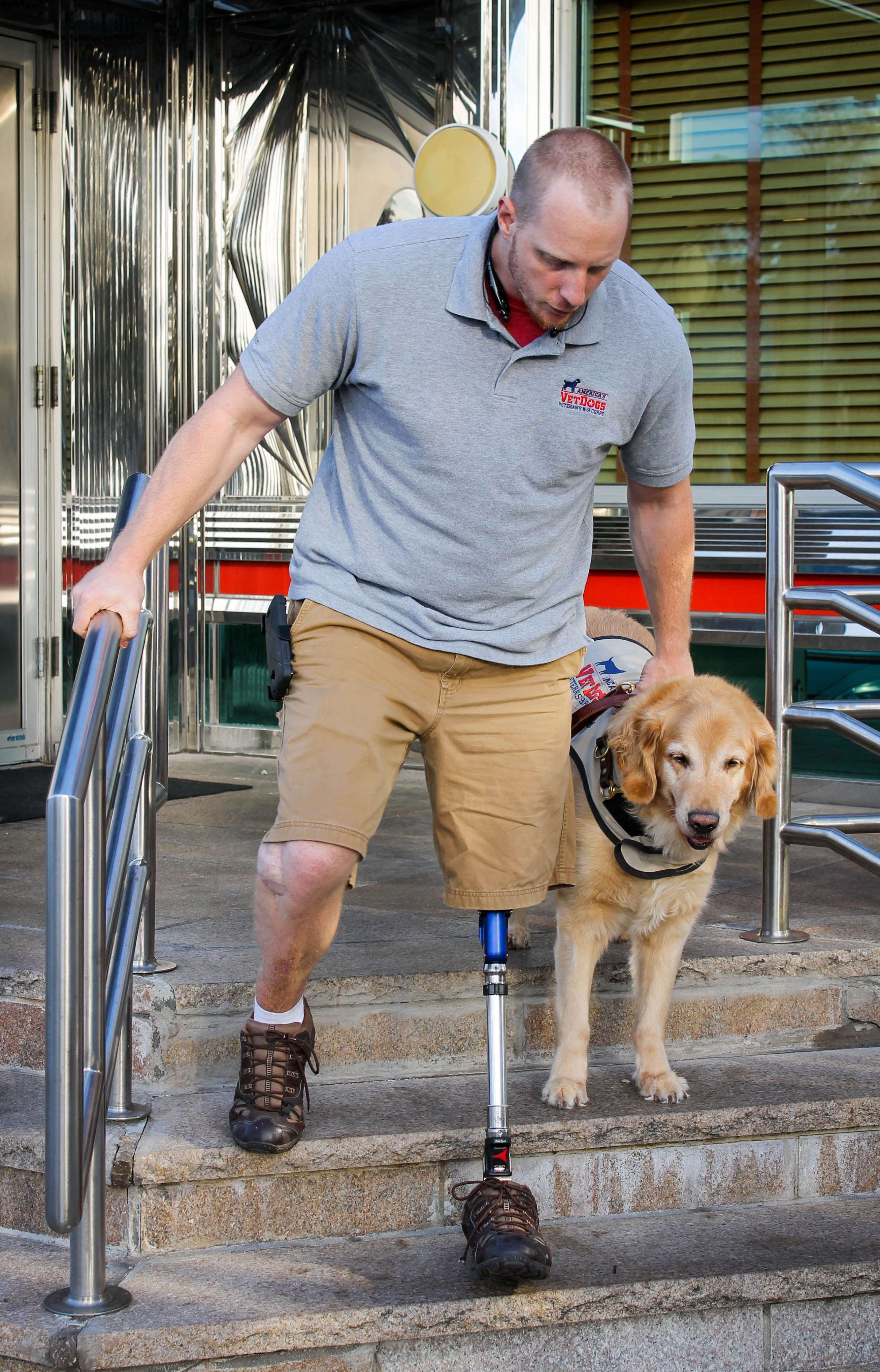 Americas vet dogs thank you for helping our vets