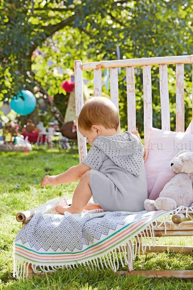 Летнее боди спицами для малыша с капюшоном
