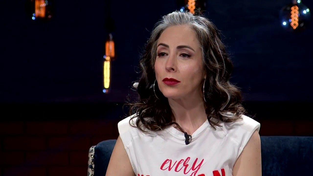 Watch Adriana Lavat video