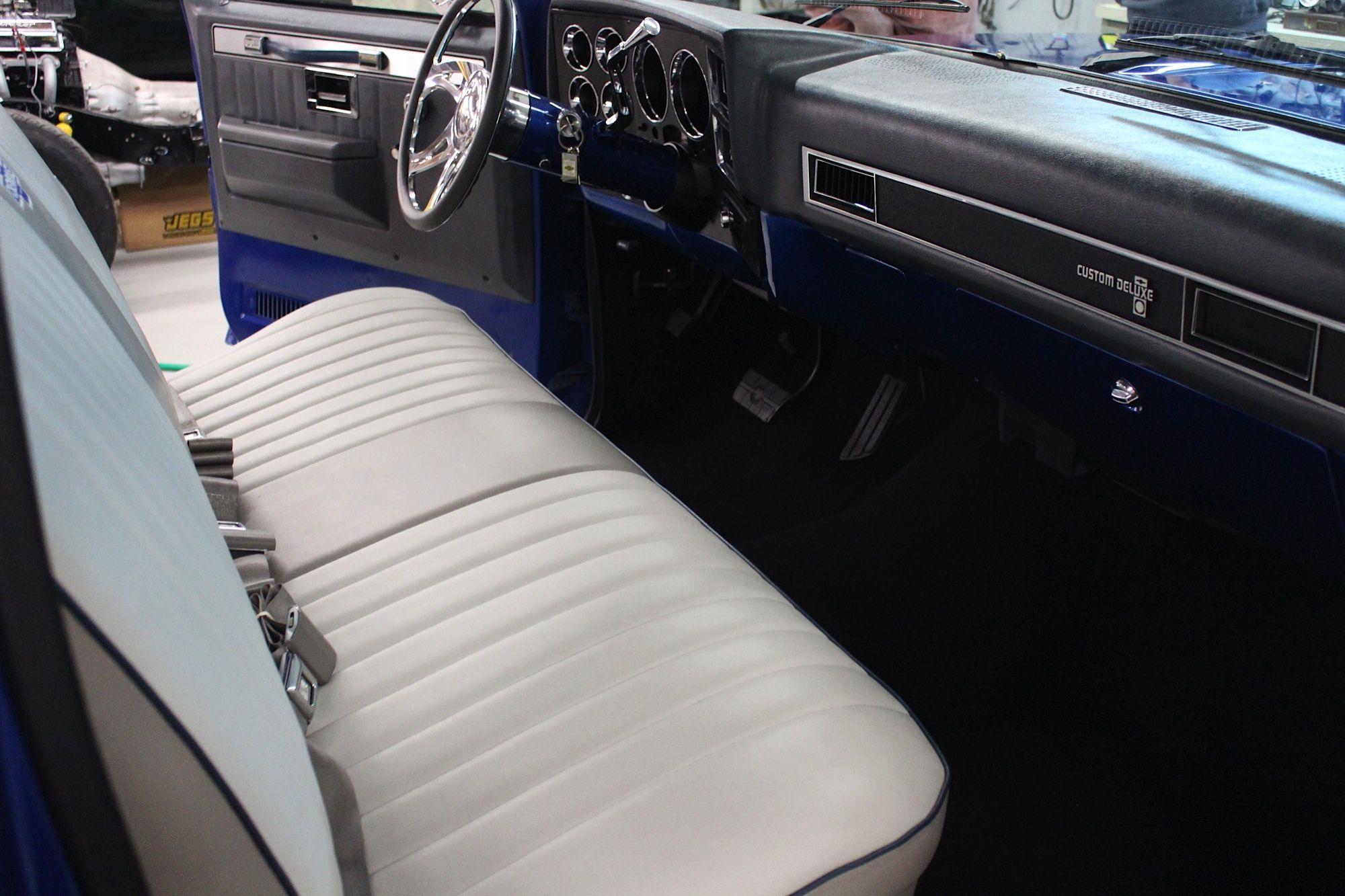 Truck Interiors Truck Interior 1987 Chevy Silverado C10 Chevy Truck