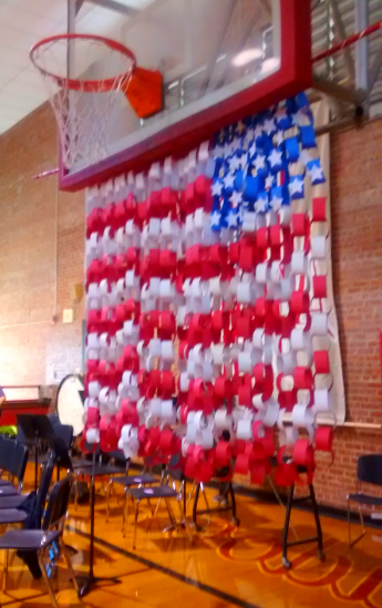 """Veterans Day Art Projects #veteransdaydecorations Veterans Day ideas 15^ """"Veterans Day Decorations"""" Ideas 2019 to Make for School - Veterans Day 2019 #veteransdaydecorations"""