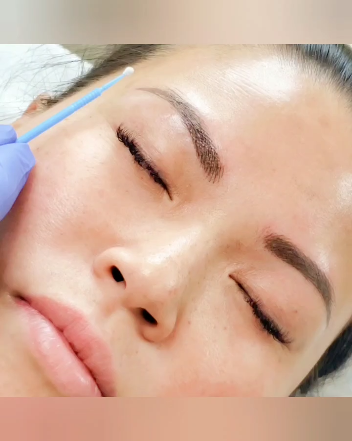Biotouch Canada Eyebrow Microblading Biotouch Canada Eyebrow Microblading Permanentm In 2020 Microblading Eyebrows Microblading Permanent Makeup Training