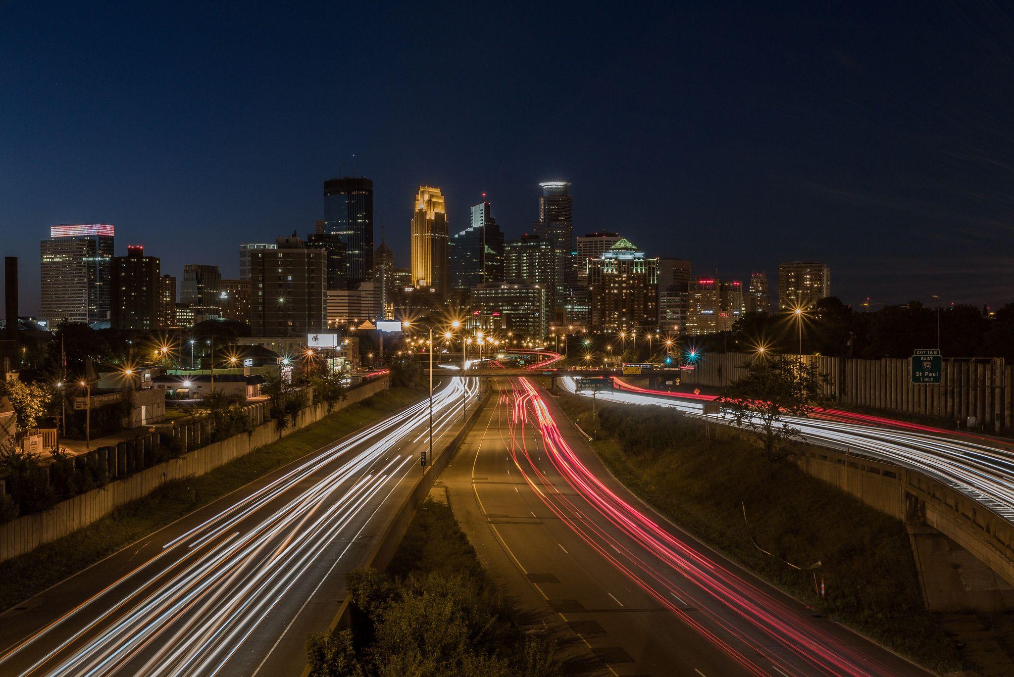 https://flic.kr/p/oUoxYg | Minneapolis Skyline just after Sunset.