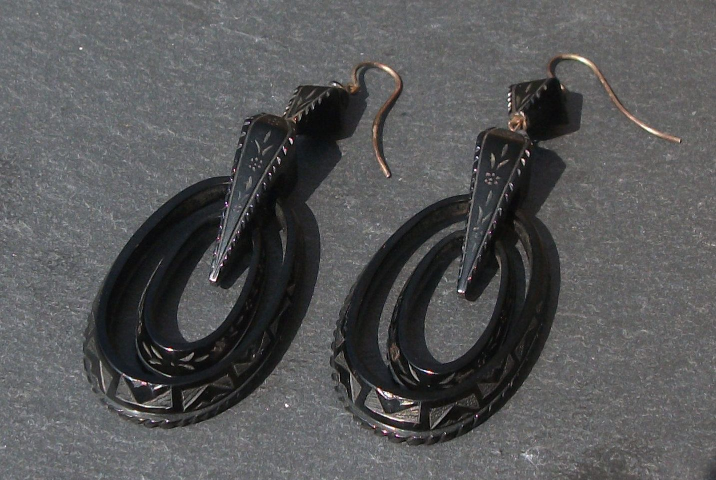 Victorian Engraved Jet Pendant Earrings by athenasvintage on Etsy