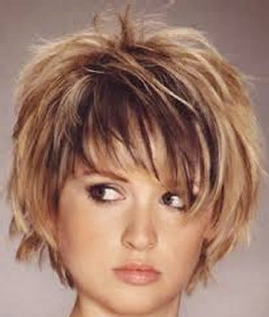 Best Of Chunky Bob Haircut Short Choppy Hair Short Hair Styles For Round Faces Bob Hairstyles For Thick