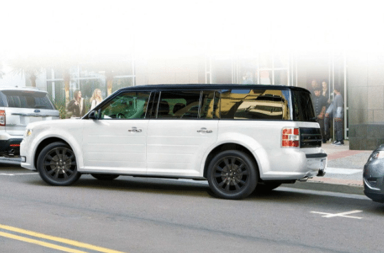Pin By Stephen Peele On Cars Motorcycles That I Love In 2020 Ford Flex Best 7 Passenger Suv Ford Flex Interior