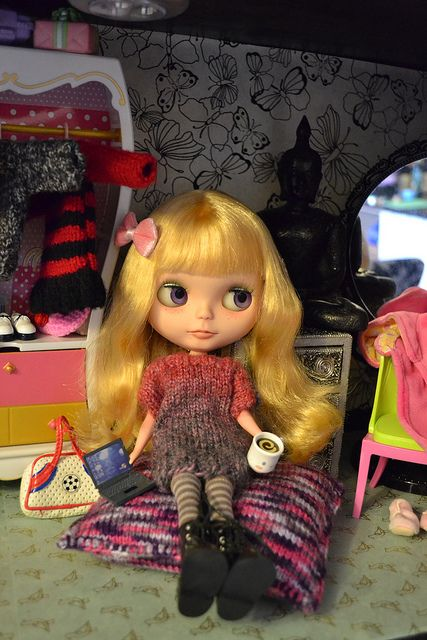 ABAD December 22 Sweater by Dollypunk21, via Flickr