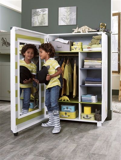 armoire dressing gar on roulettes 10no dino vert fonce. Black Bedroom Furniture Sets. Home Design Ideas