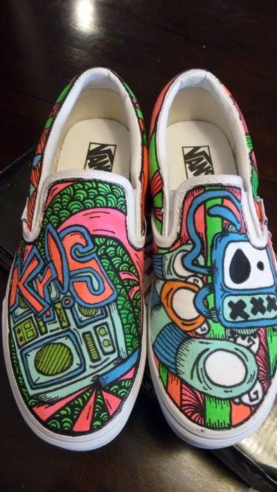 51ca391f51 you have to say pretty awesome Custom Painted Shoes